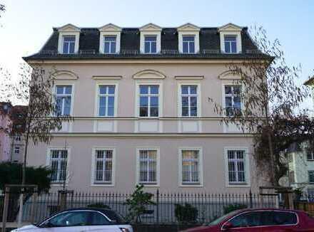www.r-o.de +++ Nahe Bahnhof Neustadt - Geräumige 5-Zimmerwohnung für die große Familie