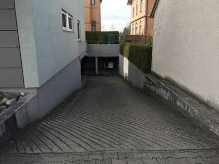 Tiefgaragenstellplatz in Weingarten zu vermieten