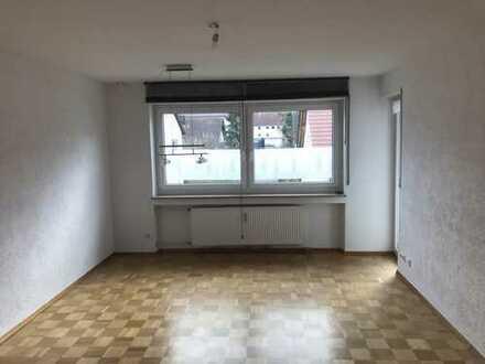 Helle und gepflegte 2-Zimmer-Wohnung mit Balkon in Neu-Ulm Pfuhl