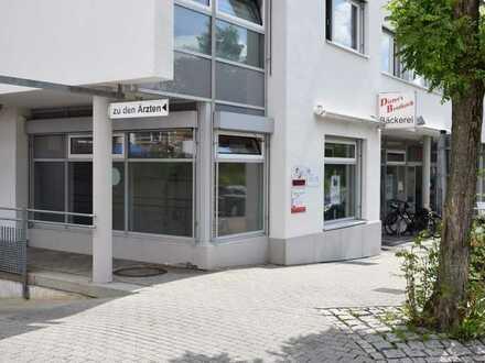 Attraktive Ladeneinheit (ehemalige Bäckerfiliale) in einem Wohn-/Geschäftshaus in der Römerschanze