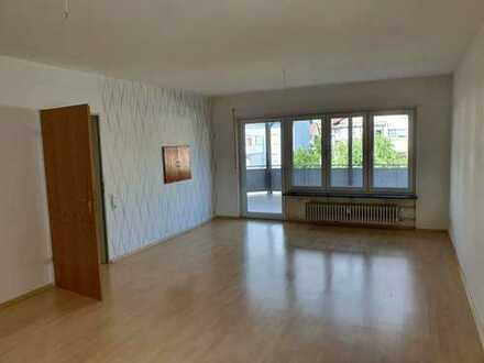 3-Zimmer-Wohnung mit großem Balkon für Nichtraucher