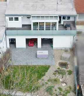 Exclusive Penthaus Wohnung mit großer Sonnenterrasse und Garten