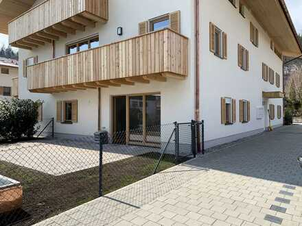 Neubau - herrliche 2 Zi. EG Wohnung mit eigenem Garten