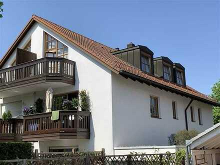 München-Trudering - schnuckelige 2-Zimmer-DG-Wohnung mit Balkon
