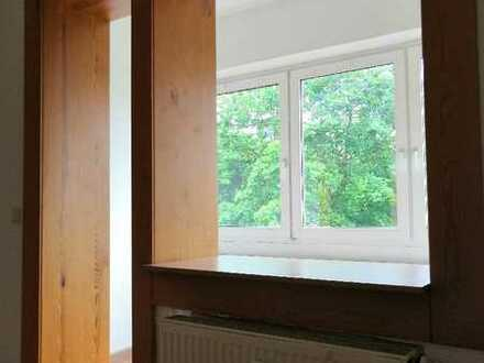 Schöne 2-Zimmer Wohnung mit Loggia in Eutritzsch