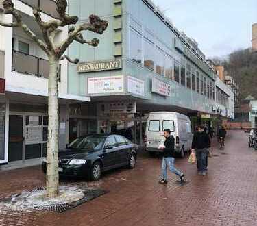 Vielfältig nutzbare Gewerbeeinheit in Bad Godesberger Innenstadt zu vermieten