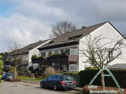 Hochwertige 2 Zim. DG-Wohnung im bester Lage von Langenfeld!