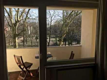 Schöne ruhige Wohnung mit 2 Balkonen und Blick auf den Rathenauplatz