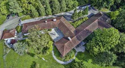 Luxus-Anwesen Nahe Esslingen am Neckar / weiträumiges Wohnhaus / Aussichtsgrundstück