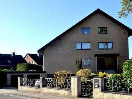 Mehrgenerationenhaus mit drei großzügigen Wohnungen