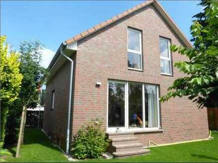 Klein, aber fein: Einfamilienhaus für Paar oder kleine Familie in Bothfeld - von privat