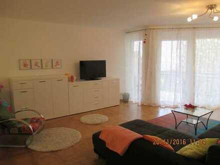 Große voll-möblierte 3 Zimmer Wohnung mit 2 Balkonen und TG-Stellplatz, Karlsruhe Südstadt
