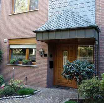 Erstbezug! Wohnparadies mit Garten und Garage in Krefeld-Fischeln