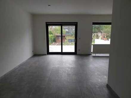 Schönes Haus mit fünf Zimmern in Darmstadt-Dieburg (Kreis), Babenhausen
