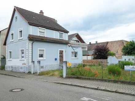 Freistehendes 1-2-Familienhaus in guter Wohnlage mit 451 m² großem Grundstück