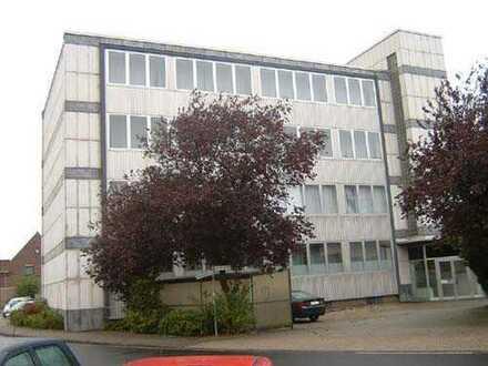 div. Lager- und Büroflächen in Innenstadtlage von Willich-Anrath