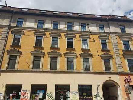 Vielseitig nutzbare Bürofläche am Lindenauer Markt zu vermieten