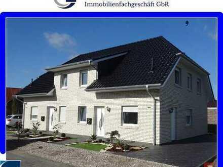 Neubau-Erstbezug! Doppelhaushälfte mit Carport und Garten in Westerstede