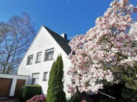 Leben in Düsseldorf-Angermund! Freistehendes Einfamilienhaus auf einem ca. 1239m² großen Grundstück