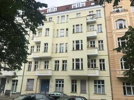 Vermietete 2-Zimmer-Maisonette im ruhigen Seitenflügel:  Direkt am Comeniusplatz - Friedrichshain