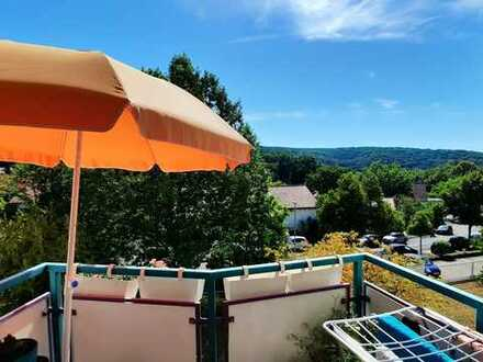 Gepflegte 2-Raum-Wohnung mit Balkon und Einbauküche in Schweinfurt
