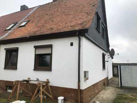Traumhafte Doppelhaushälfte in Beetzendorf Teilsaniert und Einzugsbereit !