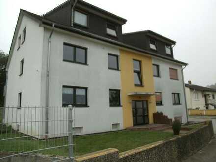 3 Zimmer Dachgeschosswohnung mit Loggia in Saulheim