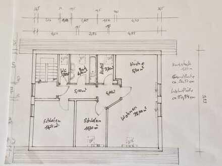Ansprechende, vollständig renovierte 3-Zimmer-DG-Wohnung in Sielenbach