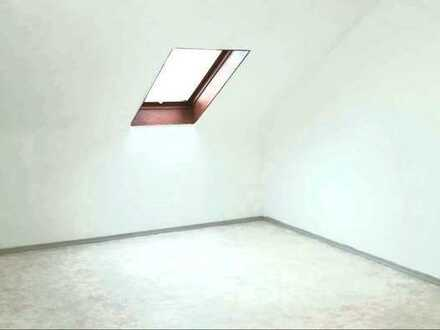 650 € - 65 m² - 2.5 Zi.