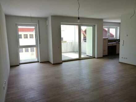 Neuwertige 3-Zimmer-Wohnung mit Süd-Balkon und Einbauküche in Frankenhardt