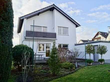 Rhein-Liebe! Haus mit Charakter sucht Mieter mit Herz!