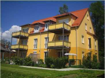 Moderne Galerie-Wohnung mit großem Balkon
