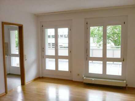 Helle 2 Zimmer Wohnung mit großem Balkon Offenburg Zentrum