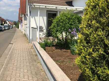 Neuwertiges 5-Zimmer-Einfamilienhaus mit Einbauküche in Edenkoben, Edenkoben