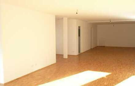 Helle Loft-Wohnung - zentrumsnah