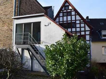 Historisches Fachwerkhaus - Das Businesskonzept: Beratungszentrum in der Fußgängerzone