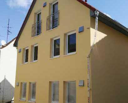 Schöne fünf Zimmer Wohnung in Großostheim