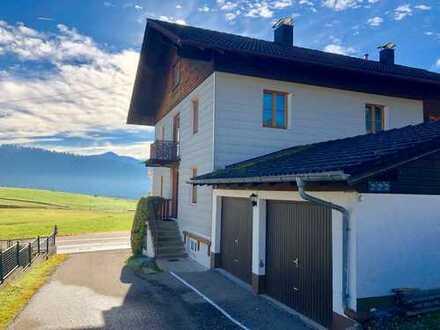 2-3 Familienhaus mit großem Grundstück in Vorderburg bei Rettenberg