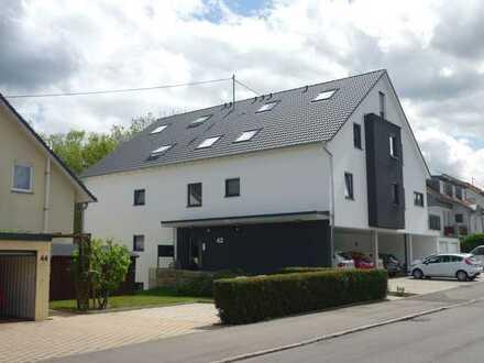 Exklusive, neuwertige 4-Zimmer-Maisonette-Wohnung mit Balkon und EBK in Reutlingen
