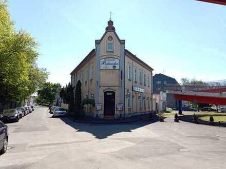 Freistehendes Hotel mit Gaststätte & Imbiss seit über 30 Jahren in Familienbesitz, sehr Zentral