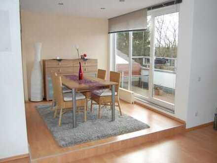 Gepflegte 2,5-Zimmer-DG-Wohnung mit Balkon in Bottrop