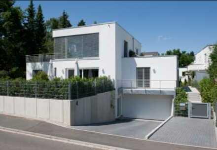 Exklusive, moderne Stadtvilla im Bauhausstil - ruhig in Herzogenaurach gelegen