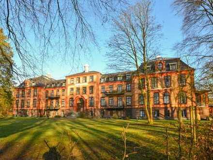 Exklusive 3-Zimmer-Wohnung in historischem Gebäude mit Garten und Terrasse!