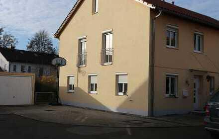 Doppelhaushälfte mit Garten in Allershausen