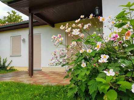Schönes Haus (Bungalow) in idyllischer Wohnlage nahe Havelkanal in Brieselang