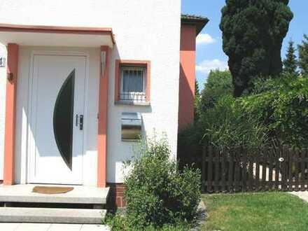 Doppelhaushälfte mit mediterranem Flair