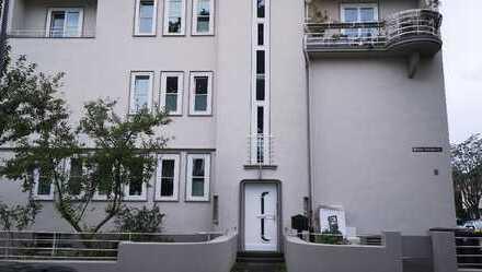Köln-Riehl! 2 Zimmer- Altbau-Wohnung,68 m², Wannenbad mit Fenster, nähe botanischem Garten!