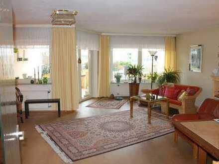 Großzügige 3-4 Zimmerwohnung auf 114 m² in schöner Randlage