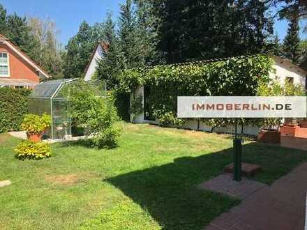 IMMOBERLIN: Zwischen Wald & See! Einfamilienhaus auf Grundstücksidylle