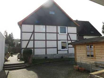 *HANDWERKER AUFGEPASST! Solides Doppelhaus in ruhiger Lage von Anröchte-Altengeseke!*